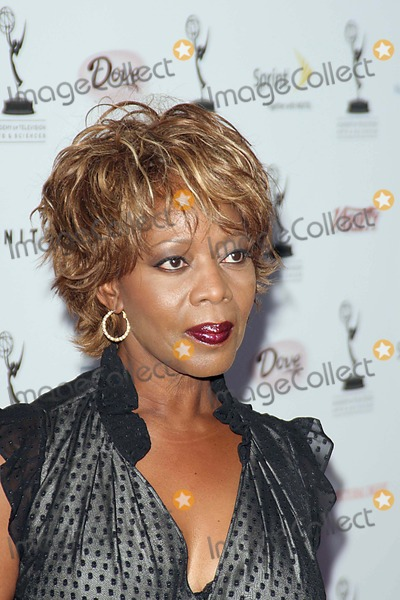 Alfre Woodard, Puck, Wolfgang Puck Photo - K49408EGTHE 58TH ANNUAL PRIMETIME EMMY AWARDS NOMINEES FORT OUTSTAND PERFORMING TALENT PARTY BY THE ACADEMY OF TELEVISION ARTS AND SCIENCES WAS HELD AT WOLFGANG PUCK AT THE PACIFIC DESIGN CENTER  , NEW YORK CITY08-25-2006PHOTO: ED GELLER-GLOBE PHOTOS INC.  2006ALFRE WOODARD