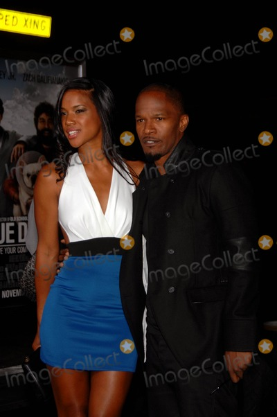 Jamie Foxx, Brittany Loren, Grauman's Chinese Theatre, Jamie Salé Photo - Brittany Loren and Jamie Foxx During the Premiere of the New Movie From Warner Bros. Pictures Due Date, Held at Grauman's Chinese Theatre, on October 28, 2010, in Los Angeles. Photo: Michael Germana - Globe Photos, Inc. 2010