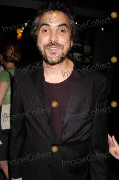 "Alfonso Cuaron Photo - New York Premiere of ""Cronicas"" at the Angelika Film Center, New York City 06-28-2005 Photo by John Krondes-Globe Photos,inc. Alfonso Cuaron"