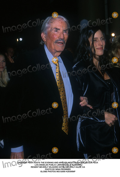 Gregory Peck, Cecilia Peck Photo - Gregory Peck Hosts the Evening and Arrives with Daughter Cecilia Peck Los Angeles Public Library Gala 11/14/2000 Regent Beverly Wilshire Hotel, Beverly Hills, CA Photo by Nina Prommer Globe Photos Inc2000