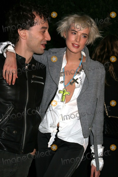 Agyness Deyn, Albert Hammond, Albert Hammond Jr, Albert Hammond Jr., Albert Hammond, Jr. Photo - Opening Party For Mobile Art: Chanel Contemporary Art Container Rumsey Playfield, Central Park, New York City 10-21-2008 Albert Hammond Jr and Agyness Deyn Photo by Paul Schmulbach-Globe Photos, Inc.
