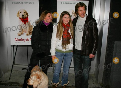 "Ann Leary Photo - Screening of ""Marley and ME"" at Tribeca Cinemas Gallery , New York City 12-17-2008 Photos by Rick Mackler Rangefinder-Globe Photos Inc.2008 Dennis and Ann Leary with Daughter and Dog, Daphne"