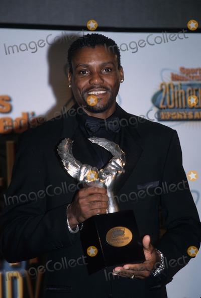 Carl Lewis Photo - Carl Lewis Sports Illustrated's 20th Century Sports Awards at Msg in New York 1999 K17387kj Photo by Kelly Jordan-Globe Photos, Inc.