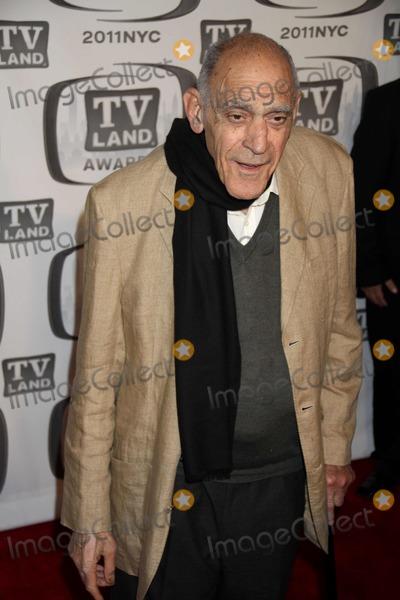 Abe Vigoda Photo - Abe Vigoda at ''Tv Land Awards 2011'' at Javits Center, New York City 04-10-2011 Photo by John Barrett/Globe Photos, Inc.