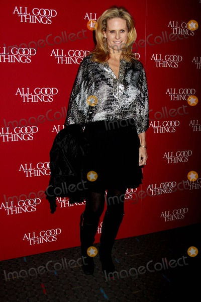 """Ashley McDermott Photo - """"All Good Things"""" New York Premiere Sva Theater, NYC December 1, 2010 Photos by Sonia Moskowitz, Globe Photos Inc 2010 Ashley Mcdermott"""