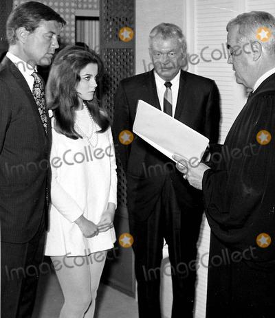 Ann-Margret, Roger Smith Photo - Wedding Ann Margret and Roger Smith Photo By:pt/Globe Photos, Inc
