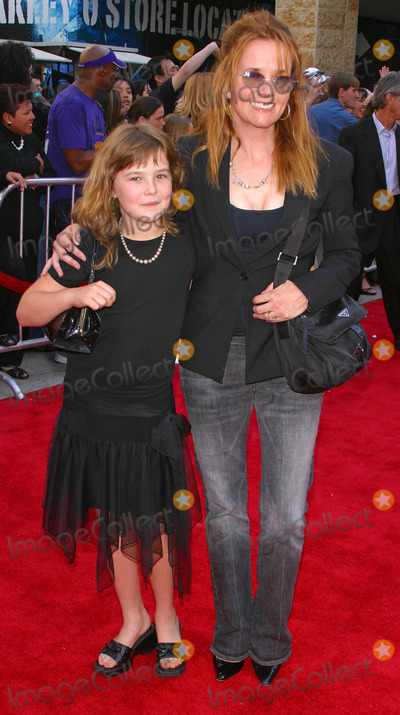 Lea Thompson, Léna Jam-Panoï Photo - American Idol Finale-arrivals at Kodak Theatre Hollywood and Highland, Hollywood, California 05/26/2004 Photo by: Milan Ryba/Globe Photos Inc. 2004 Lea Thompson and Daughter