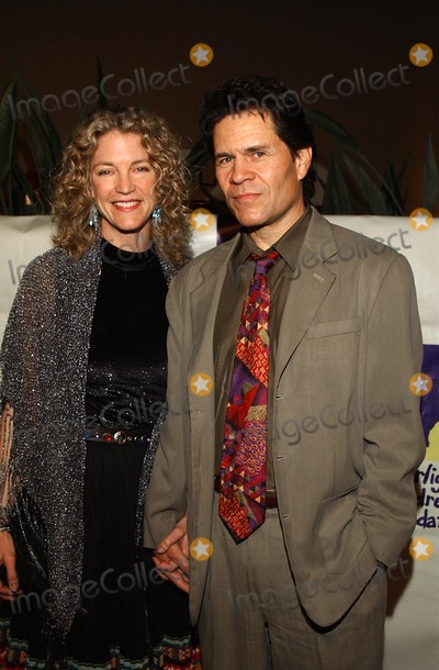 A. Martinez, A Martinez Photo - : 19th Starlight Children's Foundation Fundraiser at the Hollywood/highland Grand Ballroom in Hollywood, CA. 04/06/02 Photo by Amy Graves/Globe Photos, Inc. 2002 a. Martinez and Wife