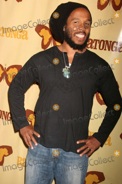 Angelique Kidjo, Ziggy Marley Photo - Botanga Foundation Fall 2008 Fundraiser Hosted by Angelique Kidjo & Ziggy Marley the Wilshire Ebell Theatre, Los Angeles, CA 09/19/08 Ziggy Marley Photo: Clinton H. Wallace-photomundo-Globe Photos Inc
