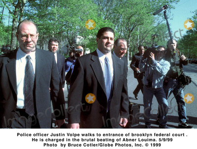 Abner Louima, Police Officer Photo - /09/99 Police Officer Justin Volpe Walks to Entrance of Brooklyn Federal Court . He Is Charged in the Brutal Beating of Abner Louima. Photo Bruce Cotler/Globe Photos, Inc.
