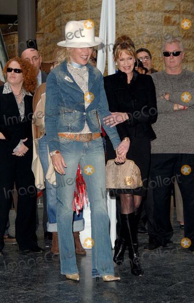 Sharon Stone, Antonio Banderas, Melanie Griffith, Melanie Griffiths Photo - Antonio Banderas Honored with a Hollywood Walk of Fame Star Hollywood, CA. 10/18/2005 Photo by Fitzroy Barrett / Globe Photos Inc. 2005 Sharon Stone and Melanie Griffith