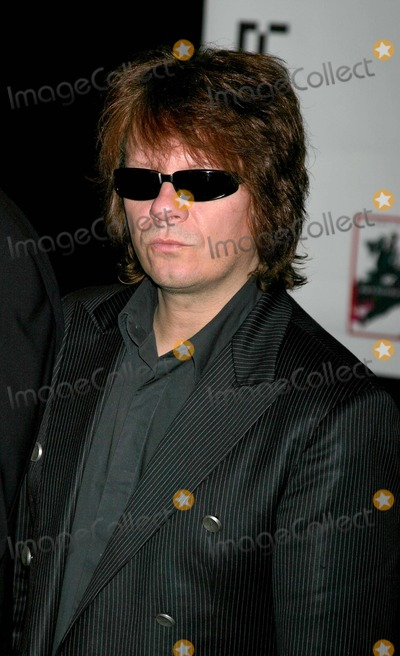 """Andy Taylor, Duran Duran Photo - Duran Duran Cd Signing to Celebrate the Release of """"Astronaut"""" at Virgin Megastore, West Hollywood, CA. 10/15/04 Photo by Clinton.h.wallace/ipol/Globe Photos Inc"""