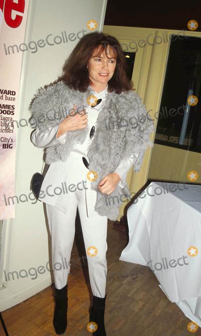 Jacqueline Bisset, Jackie Bisset Photo - Movie Line Magazine ( Jacqueline ) Jackie Bisset Photo By:colella-michelson-Globe Photos, Inc