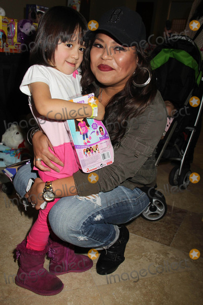 """Photo - """"Working Dreams"""" Annual Holiday Toy Drive Courtyard Marriott, Culver City, CA 12/22/2014 Josephine Roberto Clinton H. Wallace/ipol/Globe Photos Inc"""