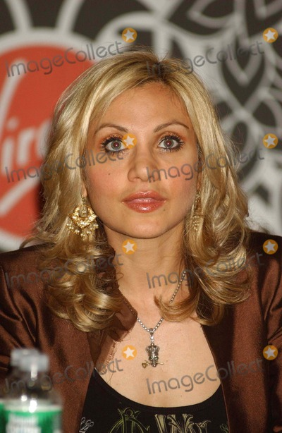 Orfeh Photo - Legally Blonde Cast(play) In-store/cd Signing Virgin Mega Store(times Sq.), NYC.. 07-17-2007 Photo by Ken Babolcsay-ipol-Globe Photos, Inc. 2007 I12081kba Orfeh