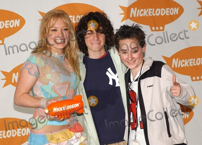 Adam Lamberg, Hilary Duff, Jake Thomas Photo - Nickelodeon's 16th Annual Kids' Choice Awards 2003- Press Rom Barker Hanger, Santa Monica, CA 04/12/2003 Photo by Fitzroy Barrett / Globe Photos Inc. 2003 Hilary Duff, Adam Lamberg and Jake Thomas
