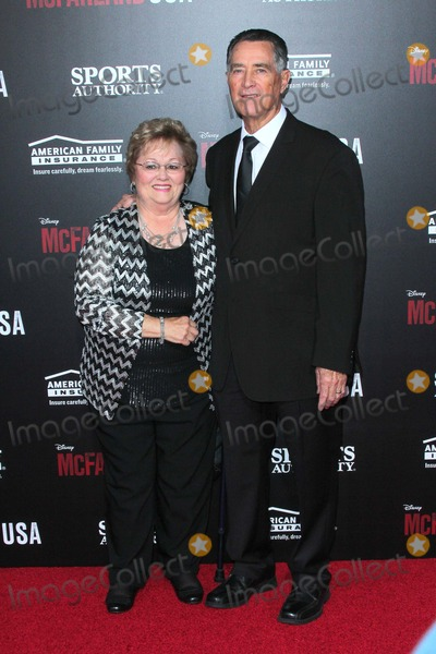 Jim White Photo - Jim White attends the Premiere of Disney's 'Mcfarland, USA Held at the El Capitan Theatre on February 9th 2015 in Los Angeles,california. Usa.photo:tleopold/Globephotos