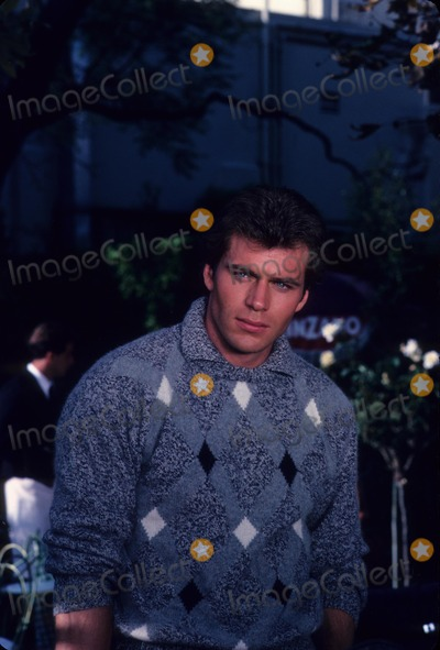 Jon Erik Hexum, Jon-Erik Hexum Photo - Jon Erik Hexum 1984 F0964 Photo by Robert Nese-Globe Photos, Inc.