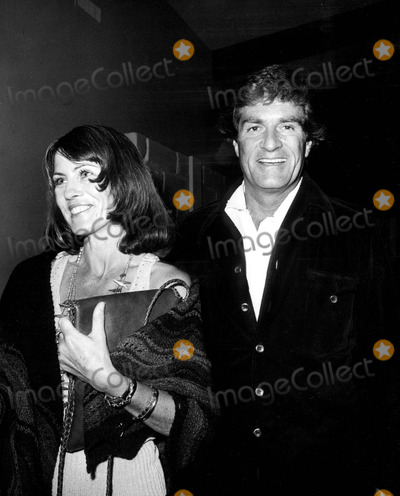 Hugh O'Brian Photo - Elaine Johnson and Hugh O'brian 1974 1970's #1769 Nate Cutler/Globe Photos, Inc.