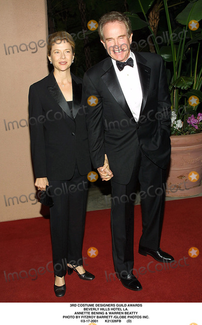 Warren Beatty, Annette Bening Photo - Costume Designers Guild Awards Beverly Hills Hotel LA. Annette Bening & Warren Beatty Photo by Fitzroy Barrett /Globe Photos Inc. 3-17-2001 K21326fb (D)