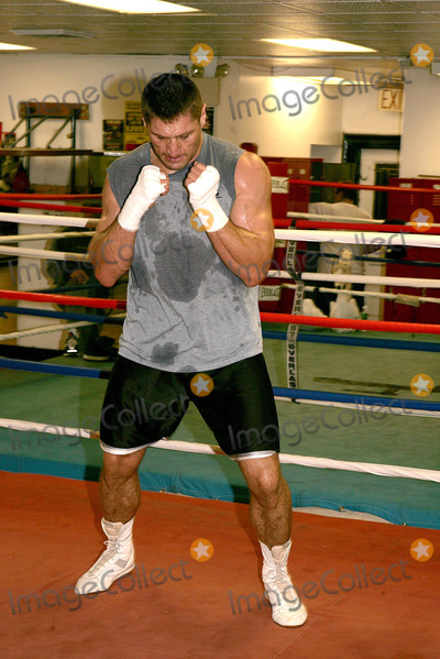 "Andrew Golata, Train Photo - Andrew ""Powerful Pole"" Golata's Sparring Session As He Trains For His Fight Against John ""the Quiet Man"" Riuz. (the Fight Is to Take Place Saturday, November 13th) New York City. 11/08/2004 Photo: Rick Mackler / Rangefinders / Globe Photos Inc"