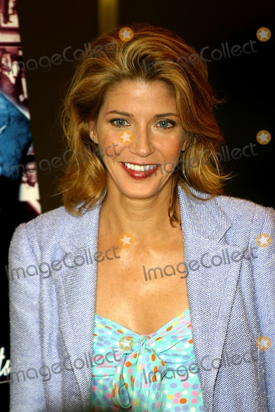"""Candace Bushnell Photo - Sd0508 Tribeca Film Festival Premiere of """"Kid Stays in the Picture"""" Rockefeller Center,new York City Photo By:rick Mackler / Rangefinders / Globe Photos, Inc 2003 Candace Bushnell"""
