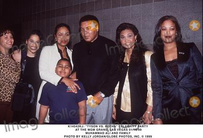 """Muhammad Ali, Ali Family Photo - 01/16/99 """"Tyson Vs. Botha"""" Celebrity Party at the Mgm Grand, Las Vegas. Muhammad Ali and Family. Photo by Kelly Jordan/Globe Photos, Inc."""