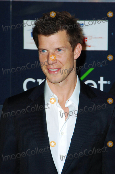 Eric Mabius, Wallis Annenberg Photo - Eric Mabius During the Declare Yourself Hollywood Celebrates 18 Party Held at the Wallis Annenberg Center For the Performing Arts on 09-27-2007 , in Beverly Hills. Photo: Jenny Bierlich - Globe Photos, Inc.