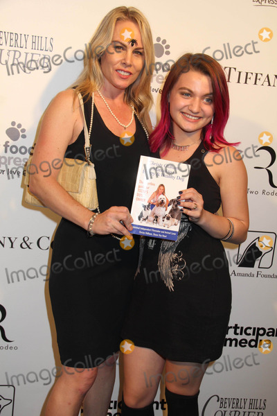"Bow Wow, Laci Kay Photo - the Amanda Foundation's 2014 Bow Wow Beverly Hills Halloween Rodeo Drive ""Night of the Living Dog!"" Event Via Rodeo, Beverly Hills, CA 10/26/2014 Christy Oldham - Healthy Dogs Founder and Laci Kay Clinton H. Wallace/Globe Photos Inc"
