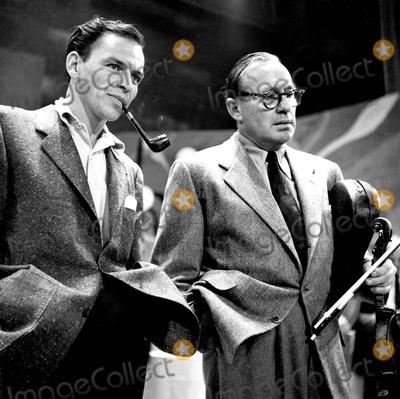 Frank Sinatra, Jack Benny Photo - Frank Sinatra with Jack Benny Photo by Smp-Globe Photos, Inc.