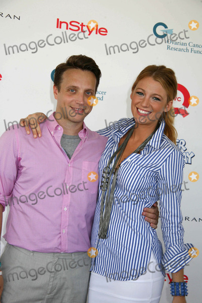 Blake Lively, Ariel Foxman Photo - Super Saturday 12 to Benefit the Ovarian Cancer Research Fund Nova's Art Project, Water Mill, NY 08-01-2009 Photos by Sonia Moskowitz, Globe Photos Inc 2009 Blake Lively and Ariel Foxman