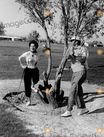 Frank Sinatra, Ava Gardner Photo - Frank Sinatra with Ava Gardner in Las Vegas 1950 Photo by Allan S. Adler-ipol-Globe Photos, Inc.