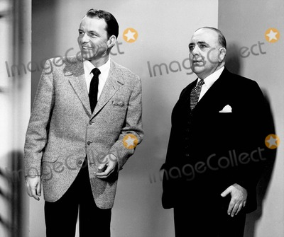Frank Sinatra, Akim Tamiroff, Tv-film Still, Tv-film Stills Photo - Frank Sinatra with Akim Tamiroff in Ocean's Eleven Supplied by Globe Photos, Inc. Tv-film Still