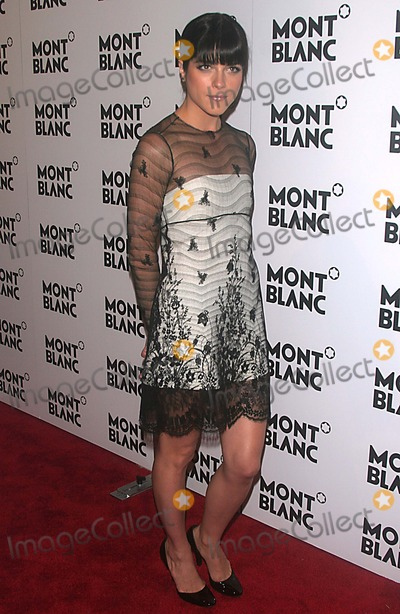 Selma Blair Photo - Selma Blair Hosts the Launch of Montblanc's First Women's Jewelry Collection. Cain, New York City 10-11-2005 Photo by John Barrett-Globe Photos 2005 K45516jbb Selma Blair