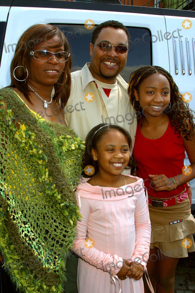"Aree Davis, Bernie Mac, Dee Dee Davis Photo - Dee Dee Davis (Bernie Mac's ""Baby Girl"") Birthday Party at Pearl, West Hollywood, California 04/17/2004 Photo by Clinton H. Wallace/ipol/Globe Photos Inc. 2004 Dee Dee and Aree Davis with Mom Sydney and Dad Darryl"