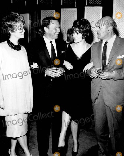 Frank Sinatra, Barbara Rush, Jill St JOHN, Jill St. John, Lee J. Cobb, Rush Photo - Frank Sinatra with Barbara Rush , Jill St. John and Lee J. Cobb Photo by Smp-Globe Photos, Inc.