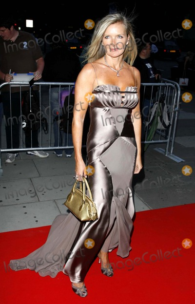 "Amanda Wakeley Photo - ""in Style Magazine 5th Birthday Party-arrivals-victoria and Albert Museum, London, United Kingdom 06-19-2006 Photo by Mark Chilton-richfoto-Globe Photos,inc. Amanda Wakeley"