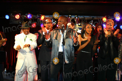 """Ann Peebles, Sam Moore, B B King, B. B. King, B.B. King, BB KING Photo - The Chi-lites_sam Moore_ann Peebles K30296rm Miramax Films Presents and Welcomes You to """"Only the Strong Survive"""" Premiere and Party at B.b. Kings Bar and Grill in New York City 4/29/2003 Photo By:rick Mackler/rangefinder/Globe Photos, Inc"""