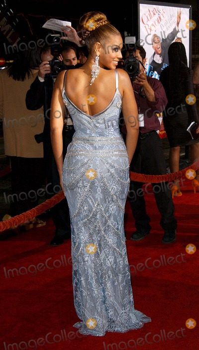 Beyonce, Beyonce Knowles, Temptations, Grauman's Chinese Theatre Photo - the Fighting Temptations World Premiere, at Grauman's Chinese Theatre Hollywood, CA. 09/17/2003 Photo by Fitzroy Barrett/Globe Photos Inc.2003 Beyonce Knowles