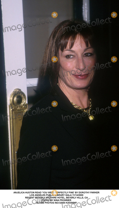 Anjelica Huston Photo - Anjelica Huston Read 'You Were Perfectly Fine' by Dorothy Parker Los Angeles Public Library Gala 11/14/2000 Regent Beverly Wilshire Hotel, Beverly Hills, CA Photo by Nina Prommer Globe Photos Inc2000