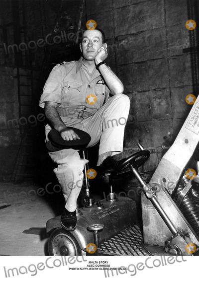 Alec Guinness, Guines Photo - Malta Story Alec Guinness Photo Supplied by Globe Photos,inc.