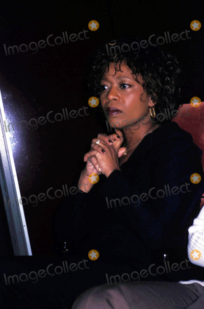 Alfre Woodard Photo - Alfre Woodard 2004 Photo by Rose Hartman/Globe Photos