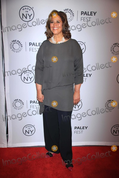 Anna  DEAVERE Smith, Anna Deavere Smith Photo - Anna Deavere Smith at Paleyfest:made in Ny''nurse Jackie'' at the Paley Center For Media 10-6-2013 Photo by John Barrett/Globe Photos