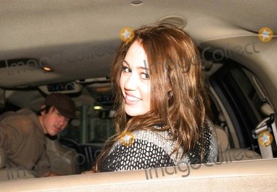 """Miley Cyrus, Hannah Montana Photo - Miley Cyrus ''Hannah Montana"""" Out and About in New York City 12-27-2007 Photo by Barry Talesnick-ipol-Globe Photos,inc."""