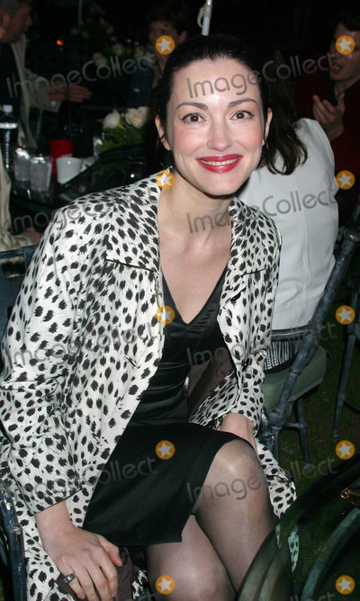 "Julie Dreyfus Photo - ""Kill Bill"" Vol. 1 Dvd Release Party at the Playboy Mansion, Holmbly Hills, CA 04/12/2004 Photo by Clinton H. Wallace./Globe Photos Inc. 2004 Julie Dreyfus"
