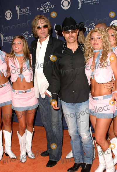 Big & Rich, Big Rich, John Rich Photo - Big & Rich (Big Kennyand John Rich) - 39th Annual Academy of Country Music Awards - Mandalay Bay Resort & Casino, Las Vegas, NV - 05/26/2004 - Photo by Nina Prommer/Globe Photos Inc2004
