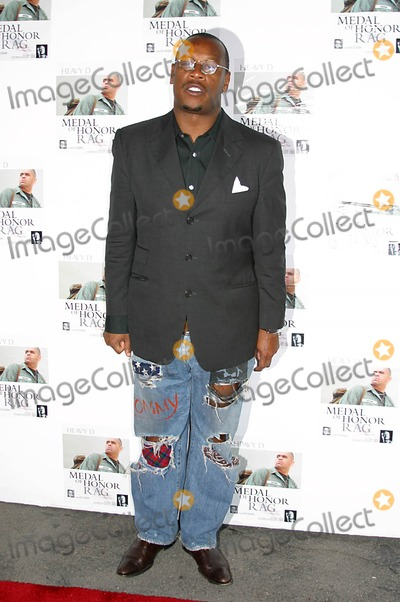 "Andre Harrell, Heavy D, Heavy D. Photo - ""Medal of Honor Rag"" Starring Veteran Rapper/actor Heavy D- Special Vip Performance (Arrivals) Egyptian Arena Theatre, Hollywood, CA 06-27-2005 Photo: Clinton.h.wallace/ipol/Globe Photos Inc Andre Harrell"