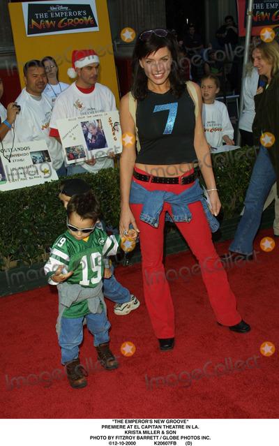 "Krista Miller Photo - ""The Emperor's New Groove"" Premiere at El Capitan Theatre in LA. Krista Miller & Son Photo by Fitzroy Barrett / Globe Photos Inc. 12-10-2000 K20607fb (D)"