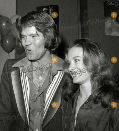 Photos And Pictures Glen Campbell And Wife Sarah Photo