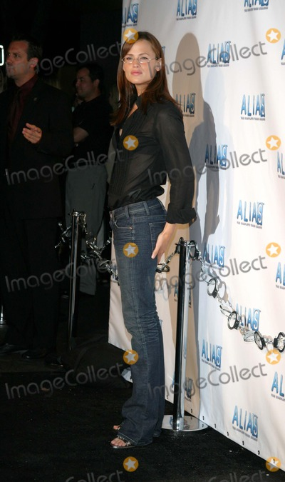 Jennifer Garner, Alias Photo - Alias Dvd Launch Party For Complete 3rd Season at the Standard Hotel Downtown Los Angeles, California 08/31/04 Photo by Jaimie Rodriguez/Globe Photos Inc2004 Jennifer Garner